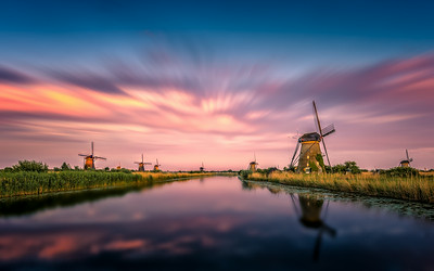Kinderdijk, when the sky is on fire