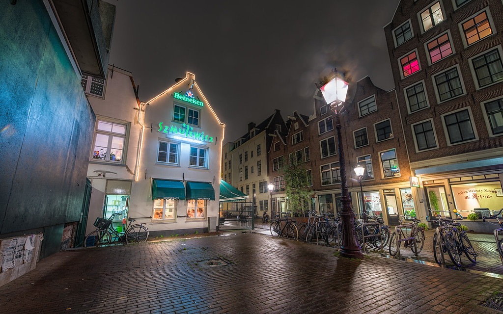 A cosy restaurant downtown Amsterdam